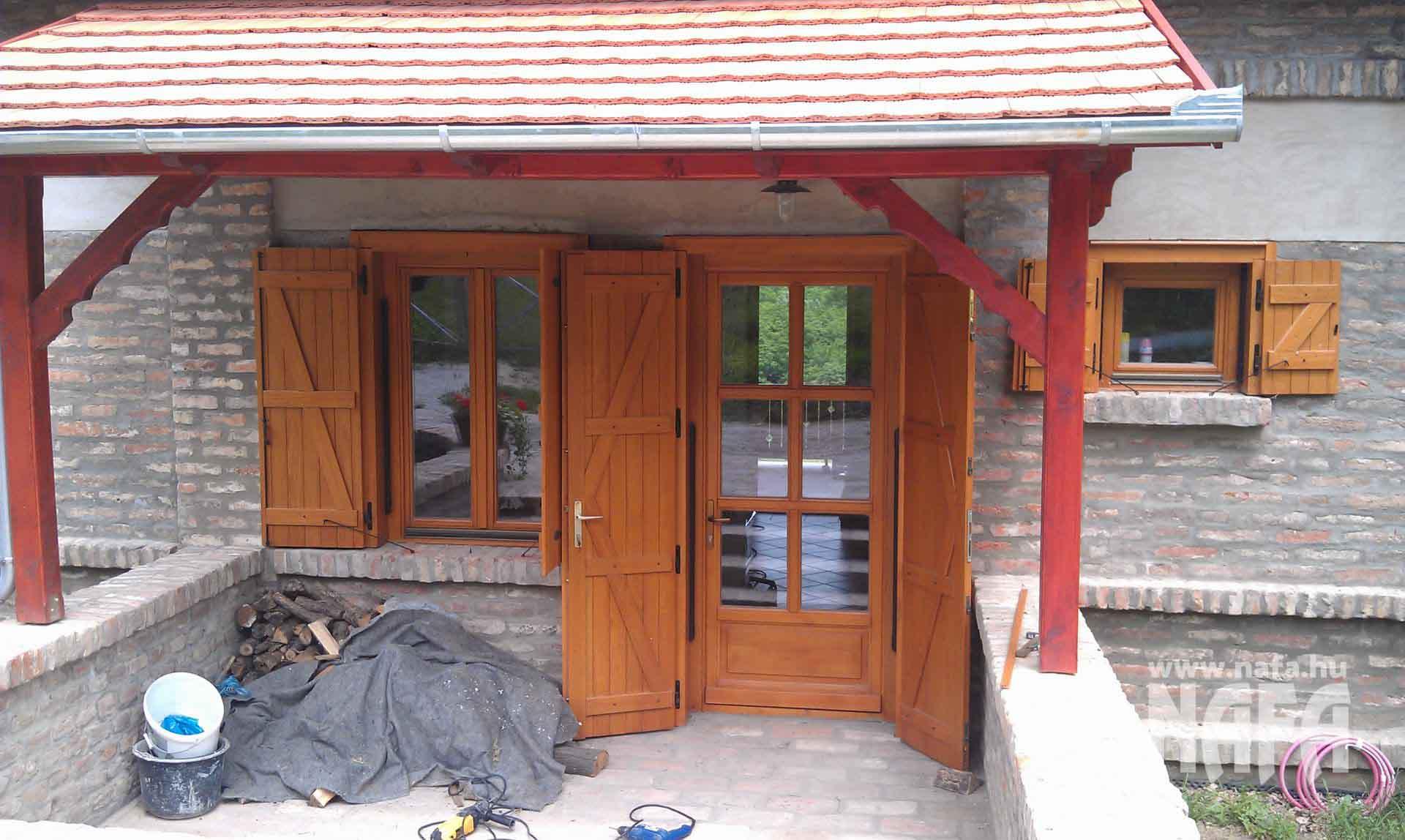Spaletta ablak és ajtó egyedi festett, Kaposvár Nyaraló