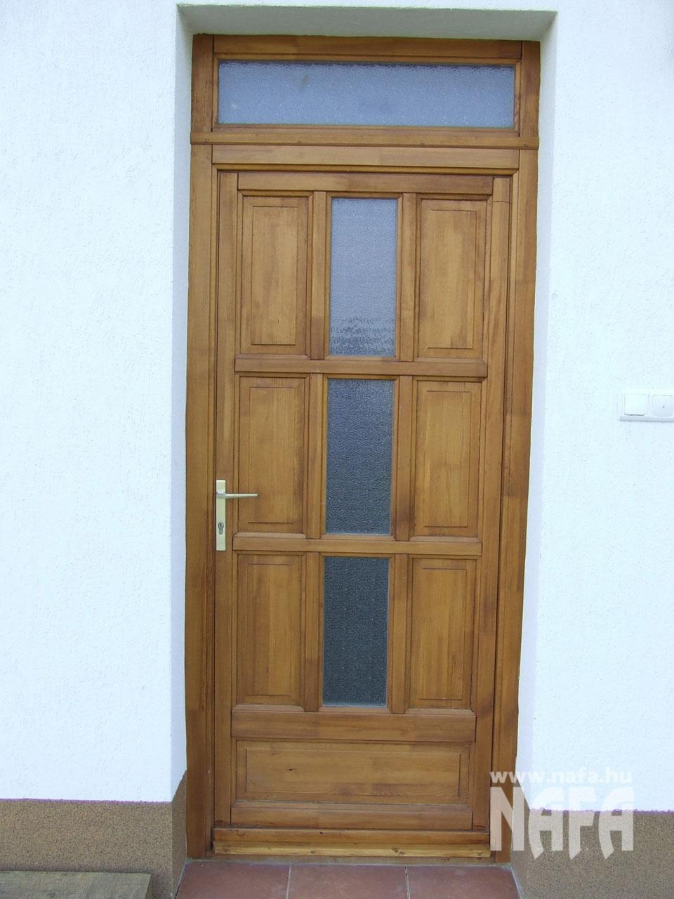 Fa nyílászárók, egyedi festett ajtó, Pécs Közintézmény