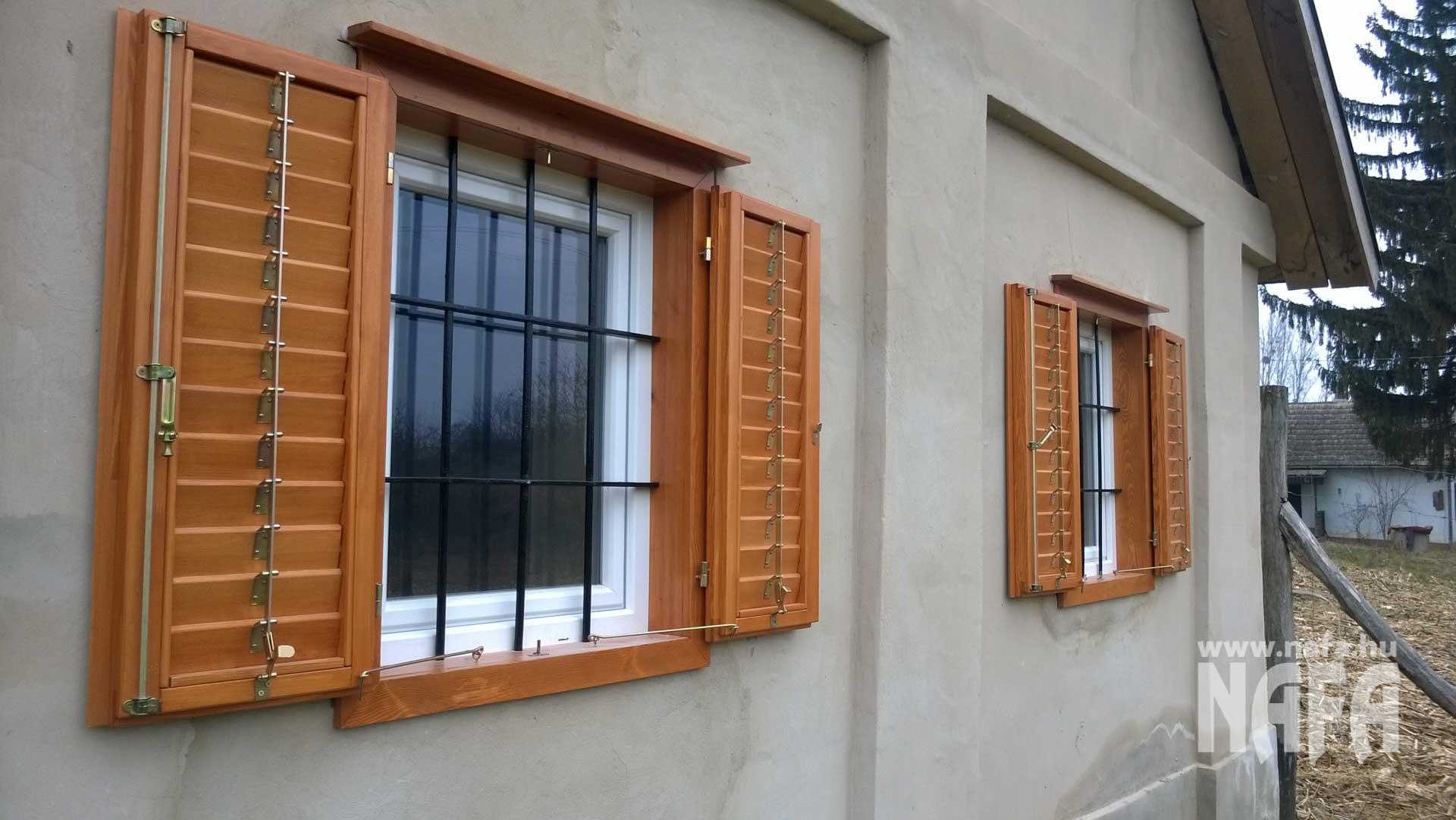 Biztonsági zsalugáter, műanyag ablak, vasrács, borospince, böhönye
