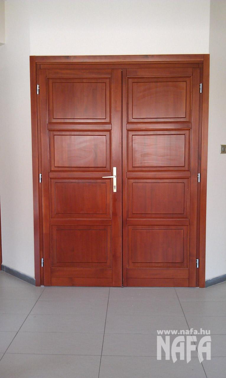 Fa nyílászárók, egyedi festett bejáratiajtók, Kaposvár Irodaház