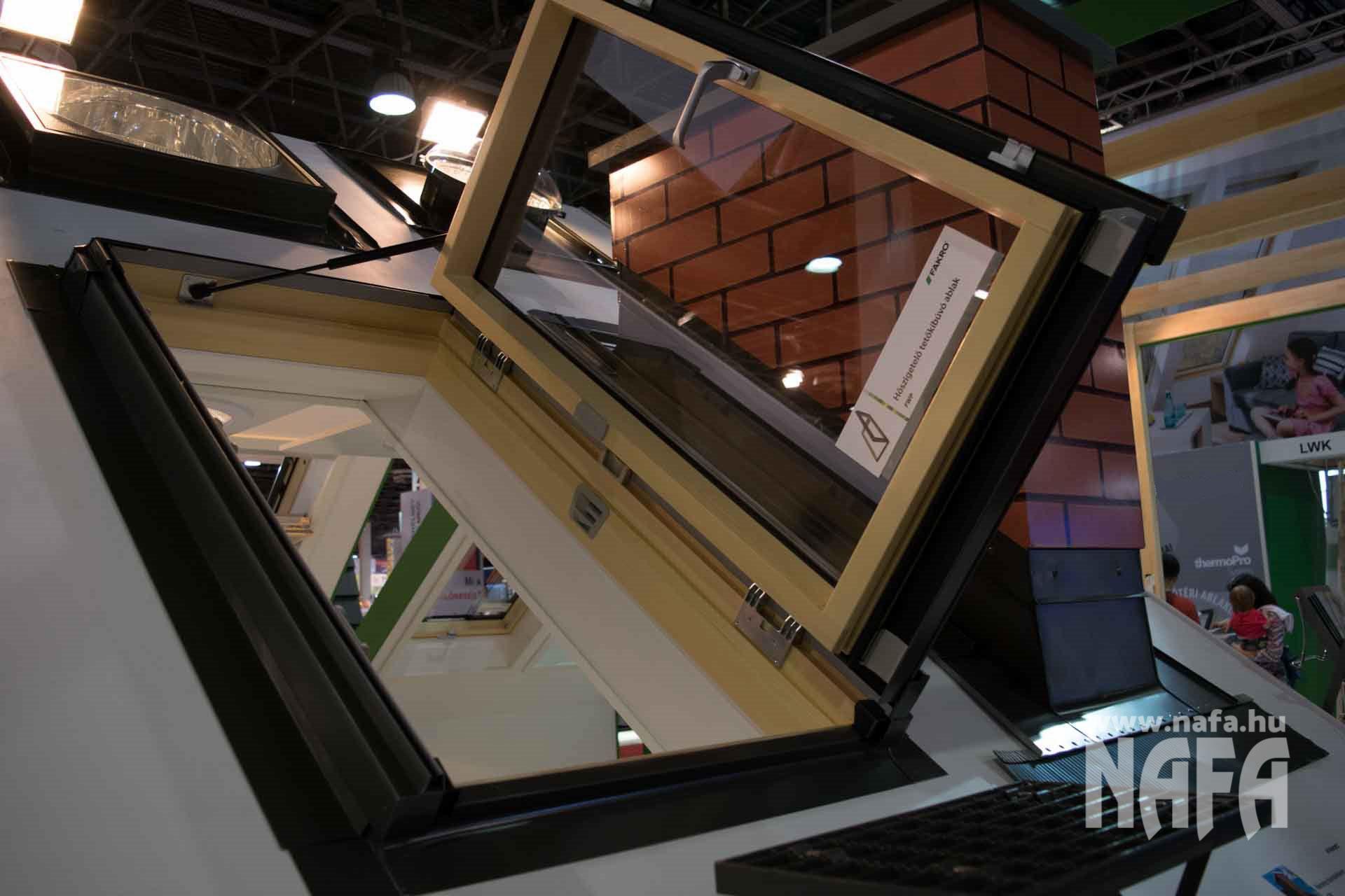 Ajtó, ablak, tetőablak, tetőtéri ablak