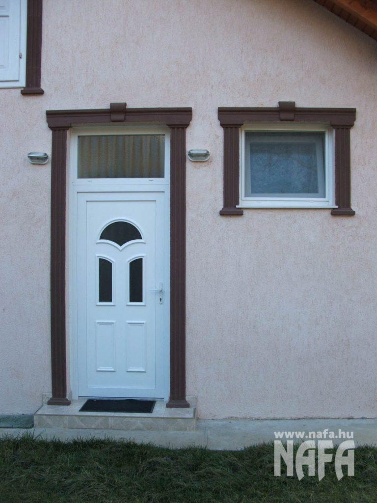 Bejárati ajtó kalauz